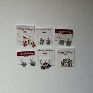 Happy Holidays Earings (5) & 1 Pendant BRAND NEW